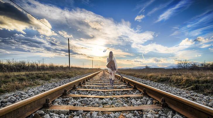 تفسير حلم القطار يفوتني للعزباء لابن سيرين