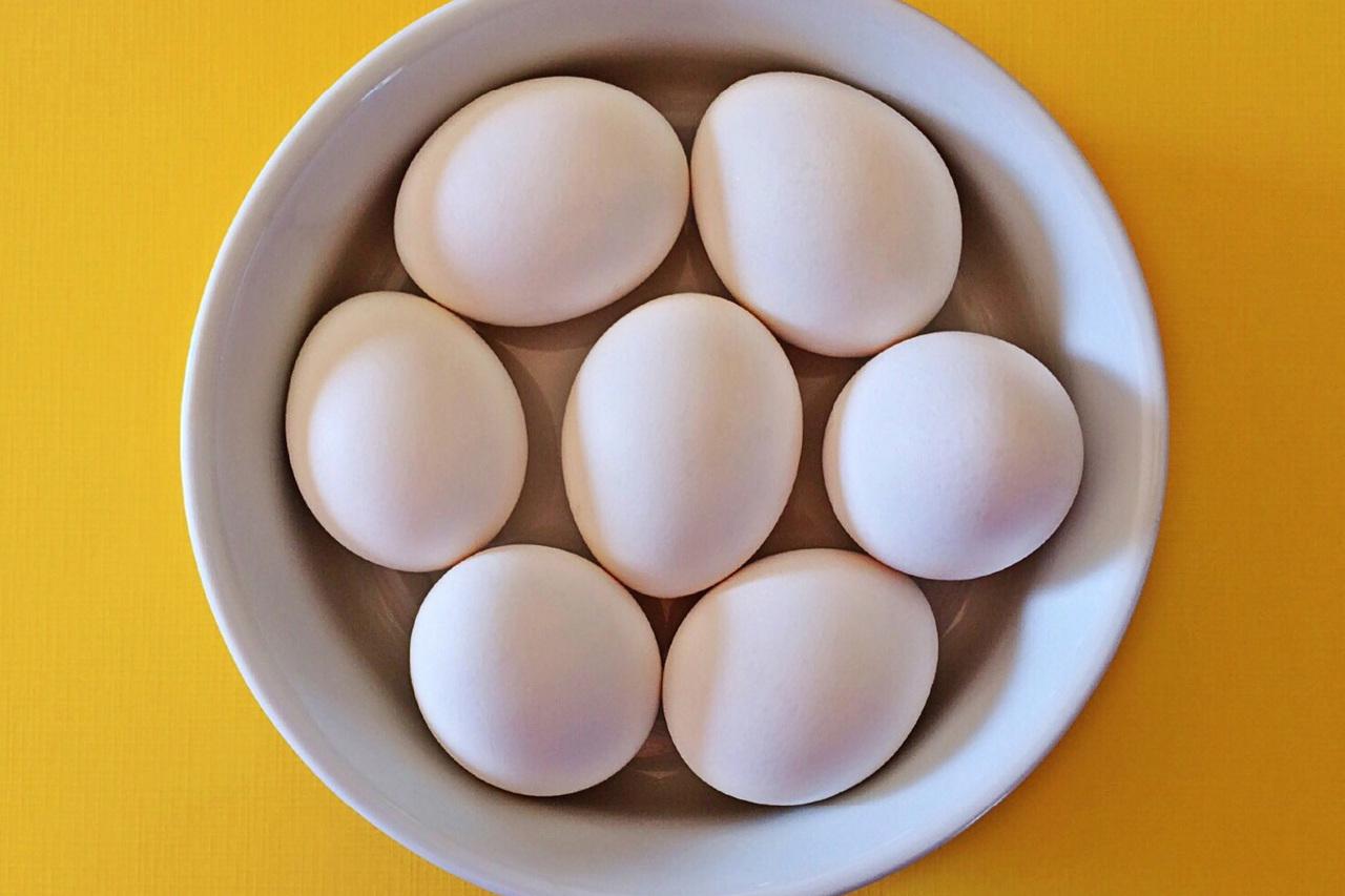 تفسير حلم البيض المسلوق للعزباء