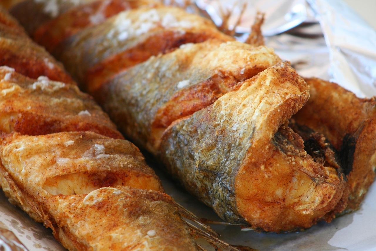 تفسير حلم اكل السمك المقلي للعزباء